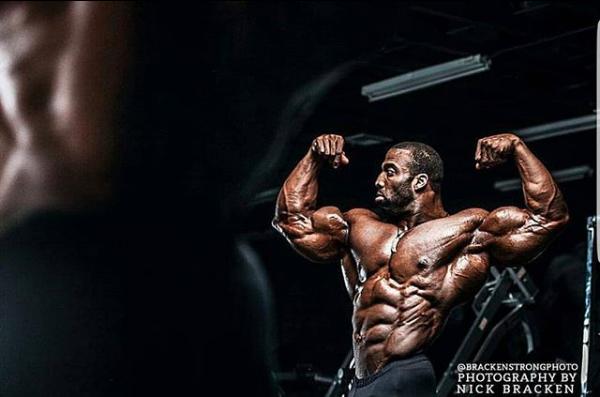 【動画紹介】Cedric McMillanの胸・上腕三頭筋トレーニング【ボディビル】