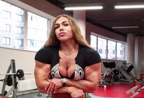 【選手紹介】史上最大級の女性ボディビルダー – ナタリヤ・クズネツォワ
